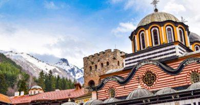 Monastery Religion Church Bulgaria  - Ivil12 / Pixabay